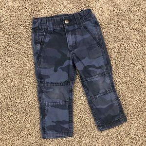 5/$25 GAP navy blue camo boys pants